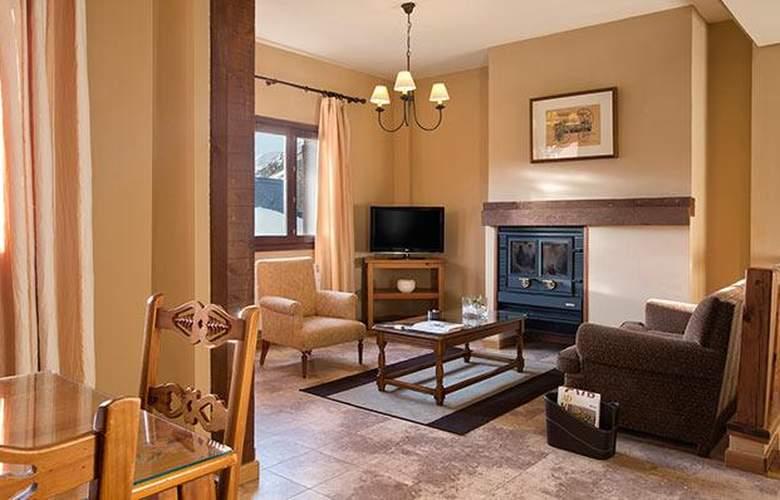 Apartamentos Blanheu - Room - 1