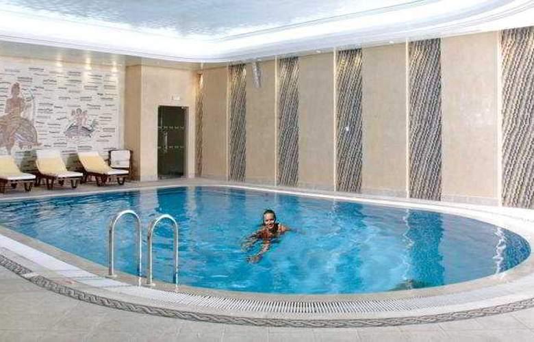 Les Oliviers Palace - Pool - 4