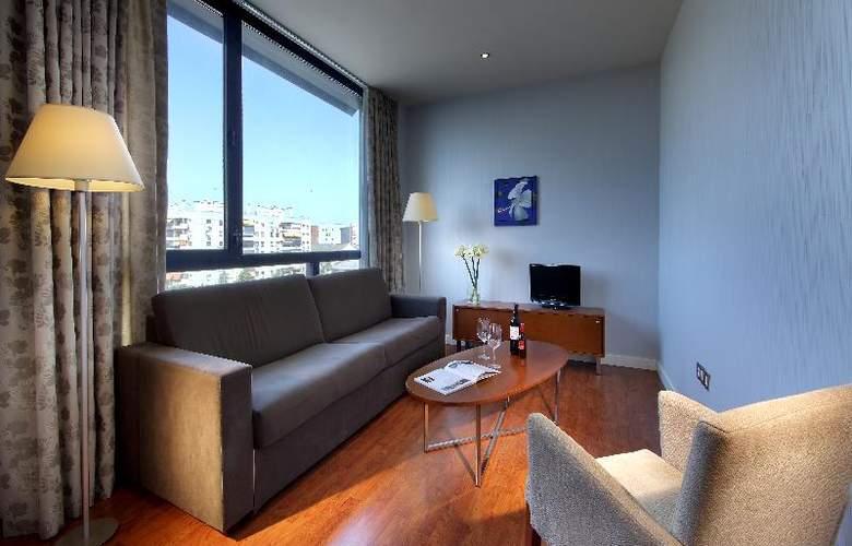 Exe Sevilla Palmera - Room - 13