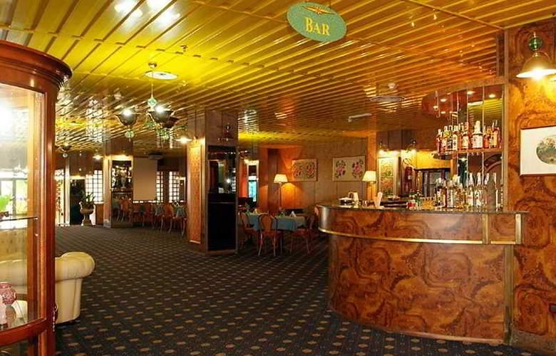 Gran Hotel Pinetamare Club Resort - Bar - 5