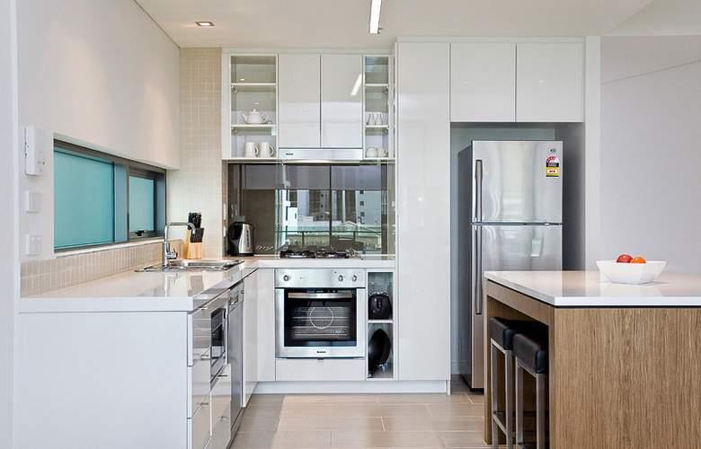 Quattro On Astor Apartments - Room - 5