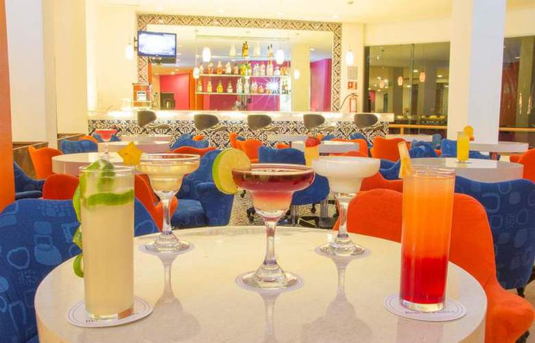 Best Western Real de Puebla - Bar - 50