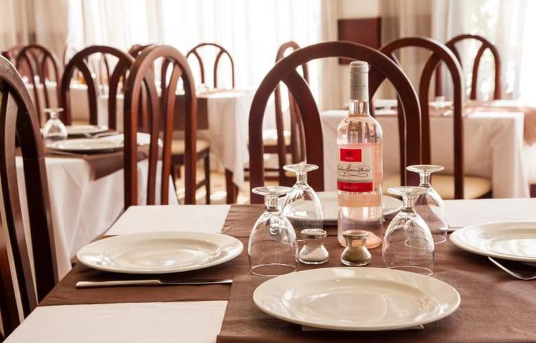 Ola Aparthotel Tomir - Restaurant - 34