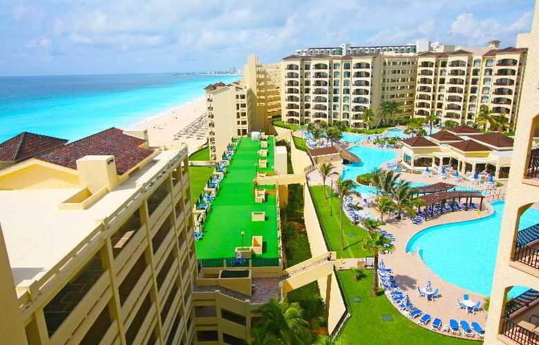 The Royal Caribbean - Hotel - 8