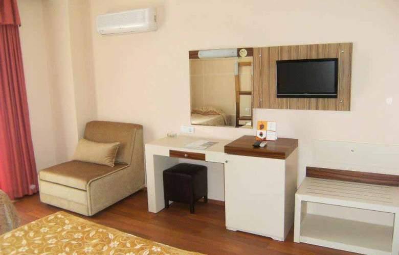 Lims Bona Dea Beach Hotel - Room - 6