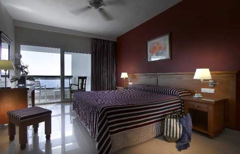 Grand Palladium Palace Ibiza Resort & Spa - Room - 4