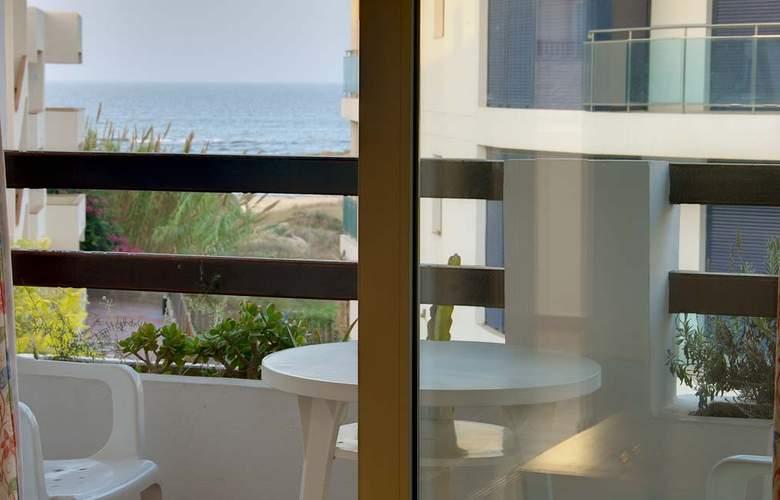 Apartamentos Pou Des Pujols - Room - 8