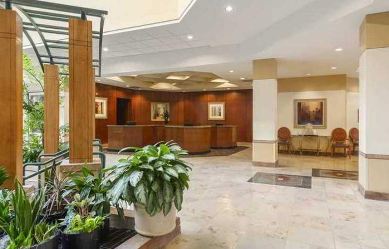 Embassy Suites Tampa - USF/Near Busch Gardens - Hotel - 0