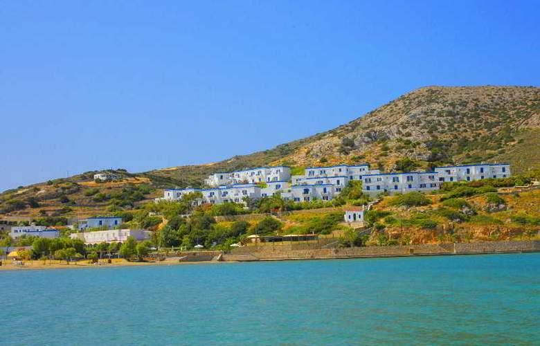 Dolphin Bay - Hotel - 0