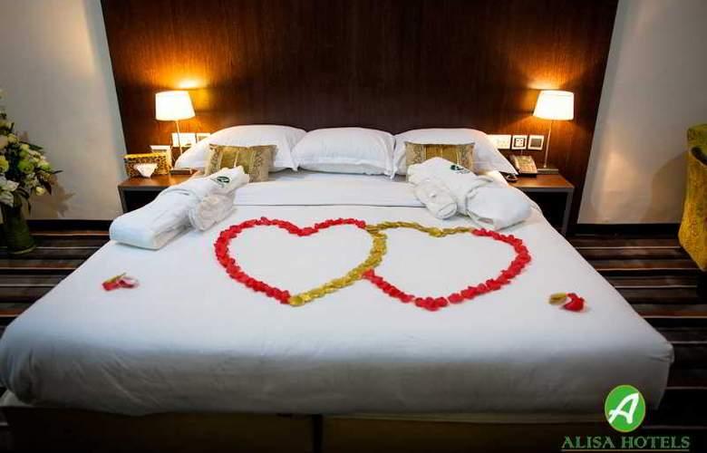 Alisa Hotel - Room - 12