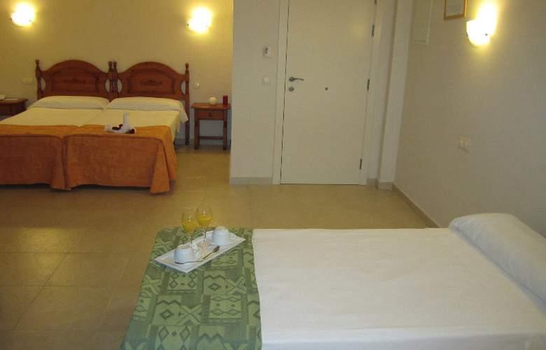 Eliseos - Room - 8
