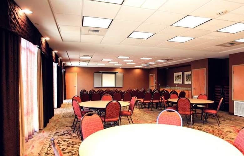 Hampton Inn & Suites Paso Robles - Conference - 4