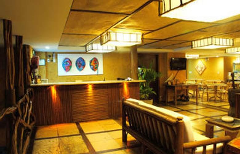 Safari Hotel - General - 1