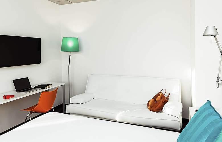 Ibis Styles A Coruña - Room - 11