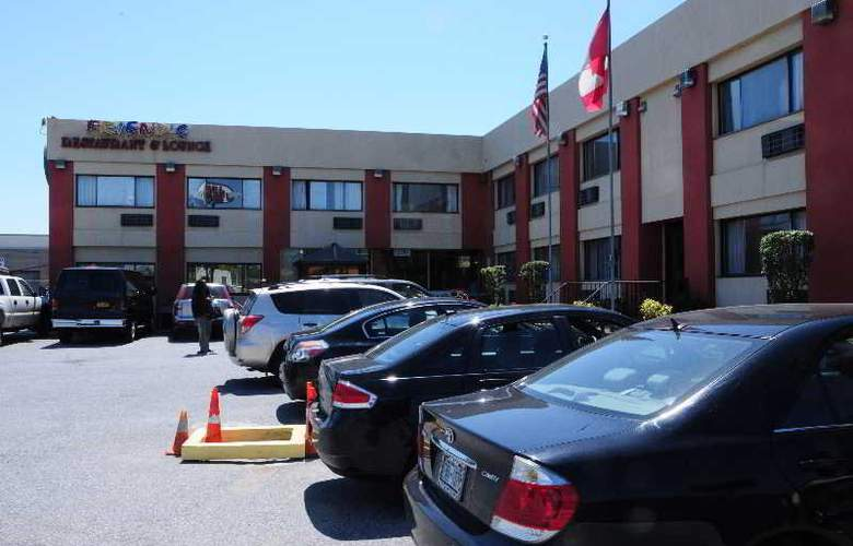 The JFK Inn - Hotel - 4