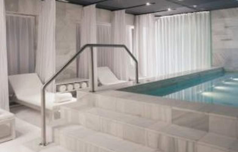 Hospes Palacio de los Patos - Pool - 6