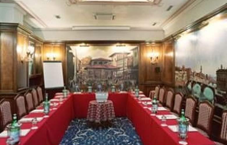 Adler Cavalieri - Restaurant - 10