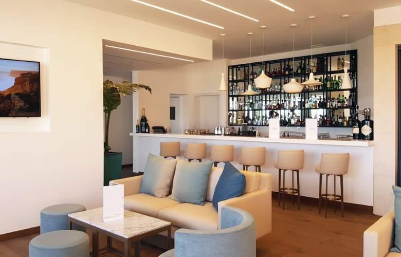 Cascade Wellness & Lifestyle Resort - Bar - 4