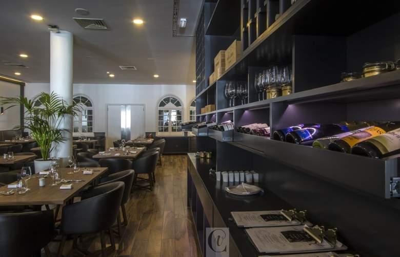 Ponta Delgada - Restaurant - 20