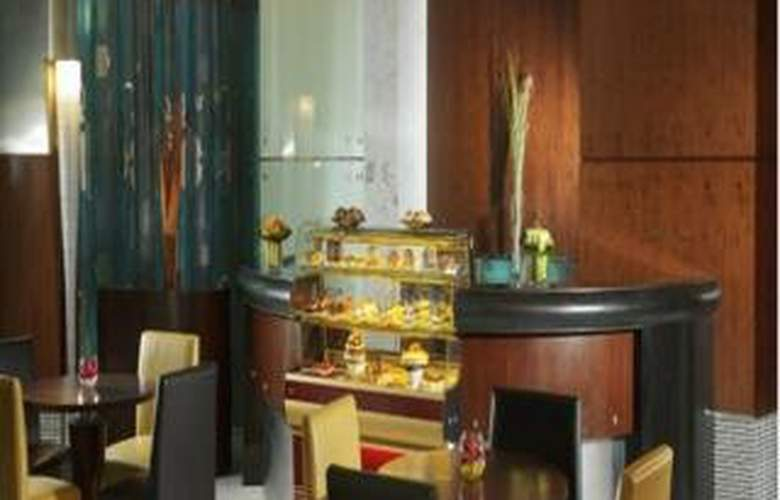 Rose Rayhaan by Rotana - Restaurant - 6