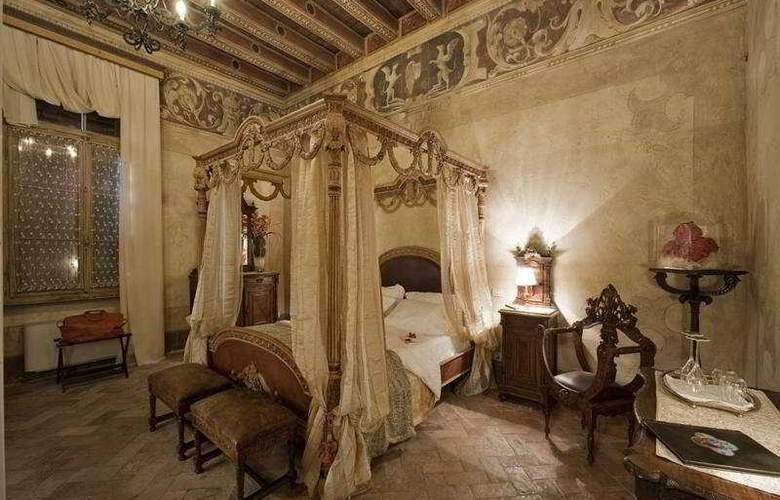 Relais Castello Bevilacqua - Room - 4