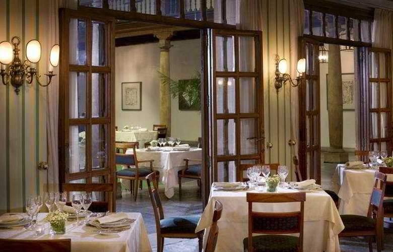Eurostars Hotel de la Reconquista - Restaurant - 11