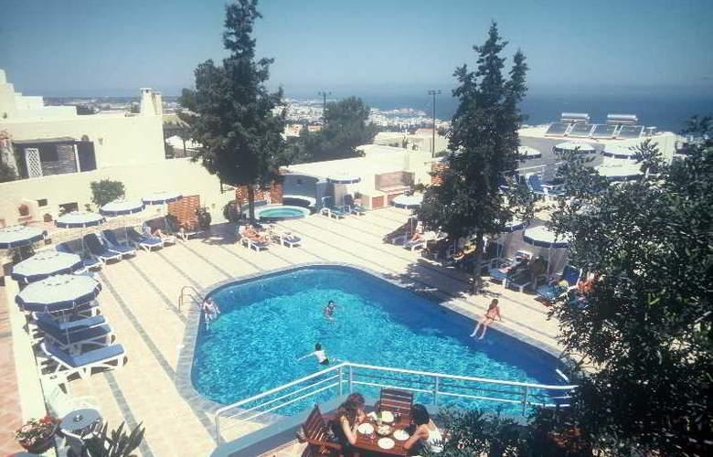 Esperides Villas - Pool - 9