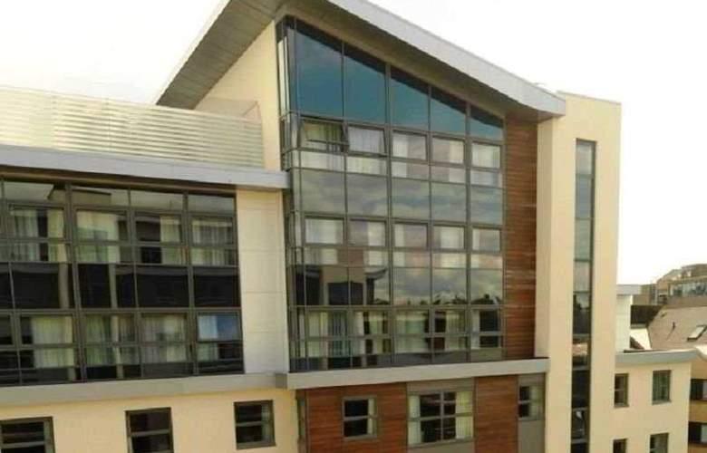 Hilton Garden Inn Aberdeen City Centre - General - 1