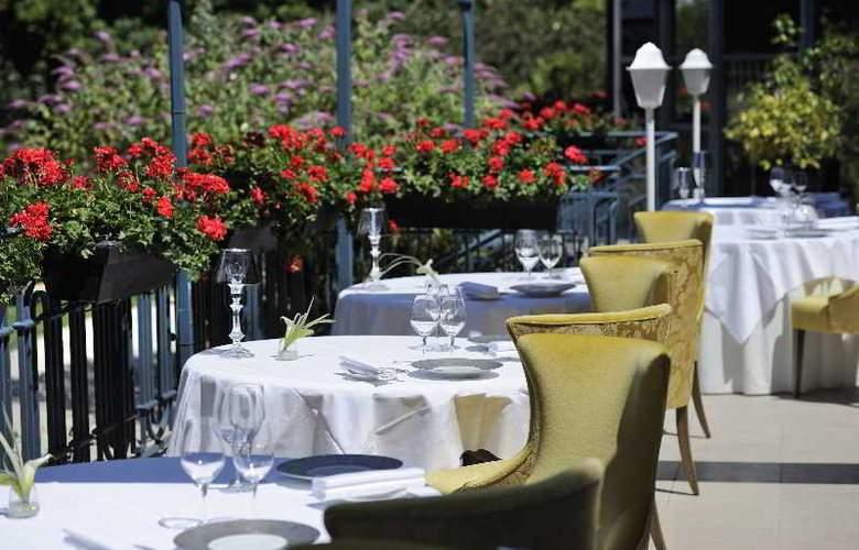 Trianon Palace Versailles, A Waldorf Astoria Hotel - Restaurant - 20