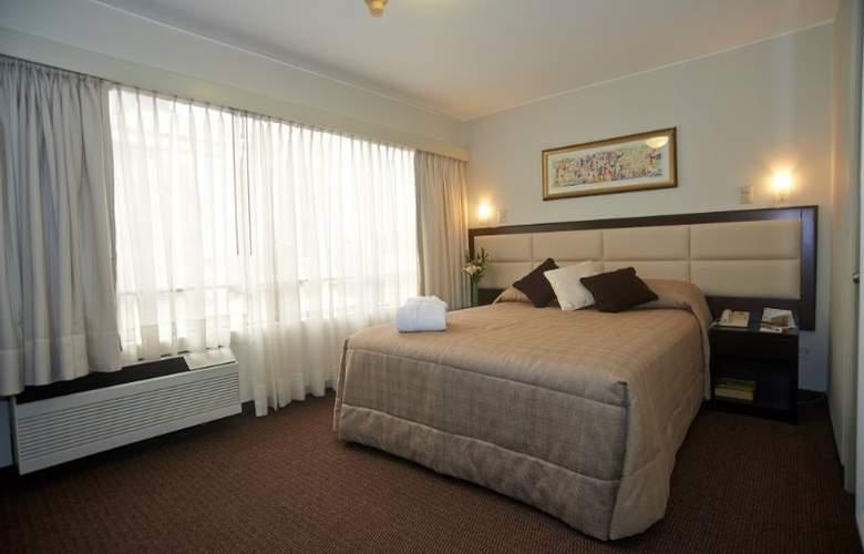Roosevelt Hotel & Suites - Room - 6