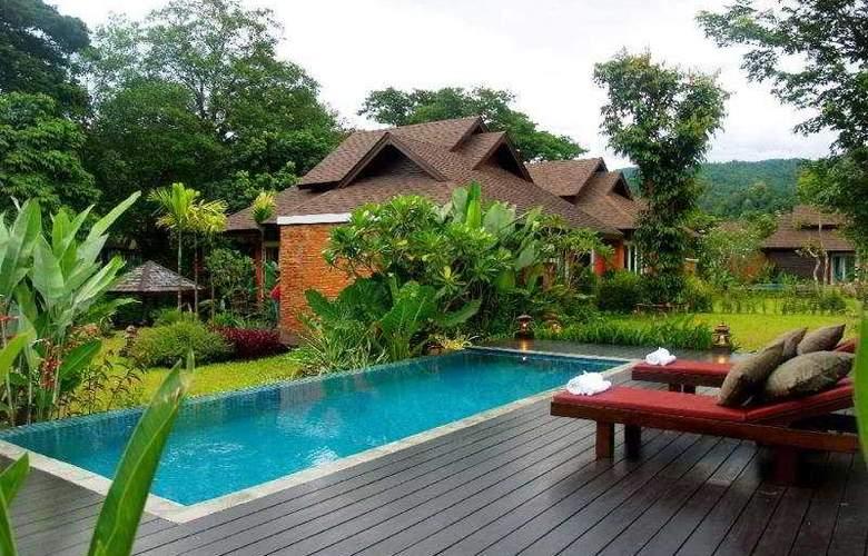 Rawee Waree Resort & Spa - Pool - 9