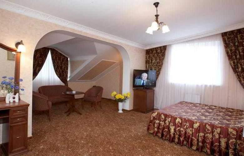 Chebotaryov Hotel - Room - 9
