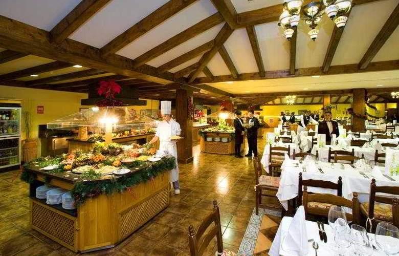 GF Isabel Family - Restaurant - 5