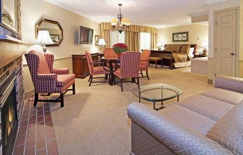 Best Western Plus White Bear Country Inn - Hotel - 19