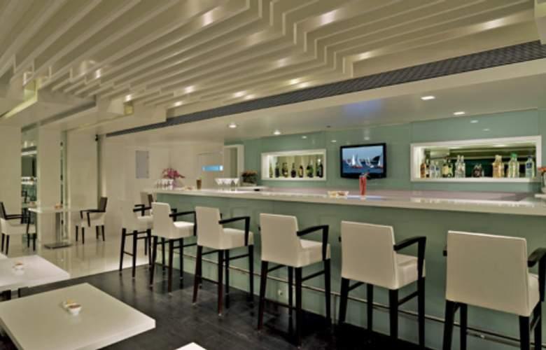 Fortune Inn Exotica Hinjewadi - Bar - 3