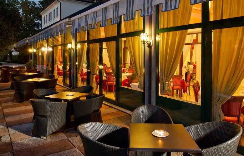Villa Pace Park Bolognese - Restaurant - 6