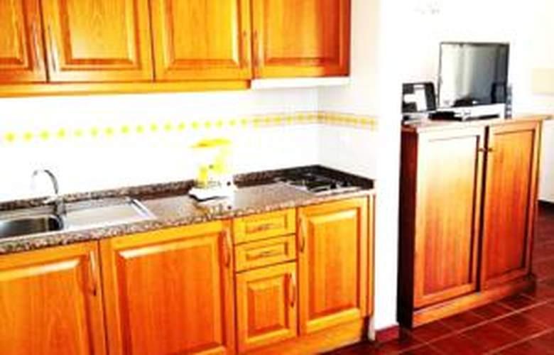 Apartamentos Patios da Vila - Room - 4