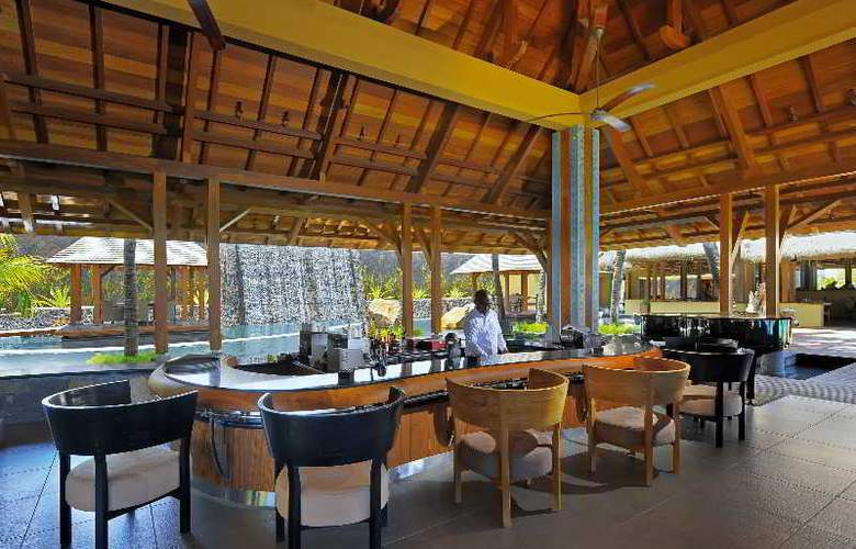 Trou aux Biches Beachcomber Golf Resort & Spa - Bar - 4