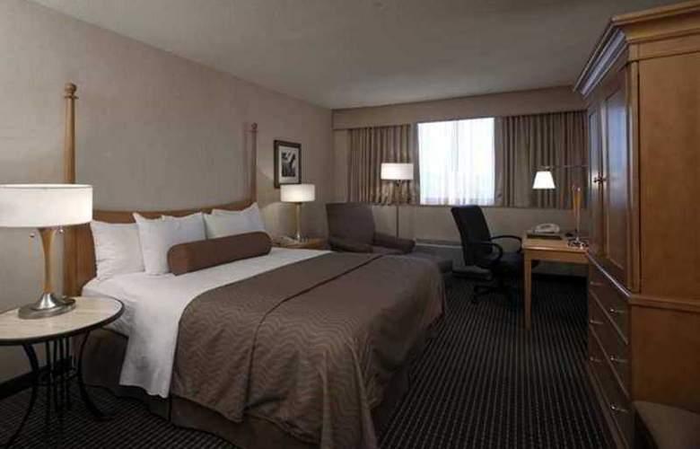 Hilton Crystal City at Washington  Reagan - Hotel - 1