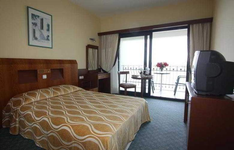Kaya Prestige Sunshine Hotel - Room - 5