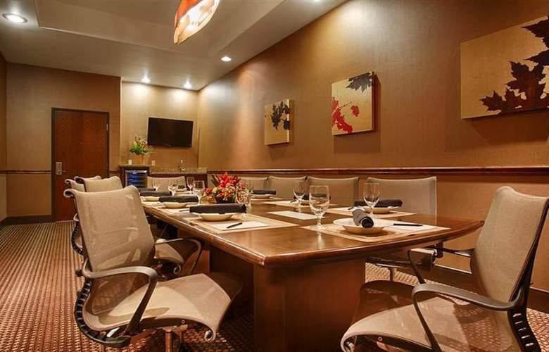 Best Western Ivy Inn & Suites - Hotel - 15