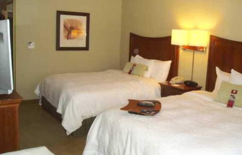 Hampton Inn & Suites Albany Airport - Hotel - 6