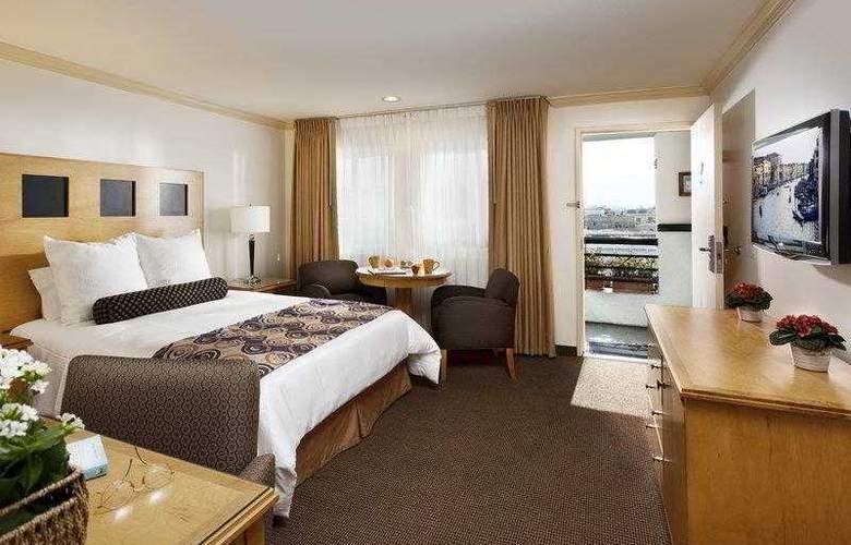 Best Western Plus Carlyle Inn - Hotel - 6