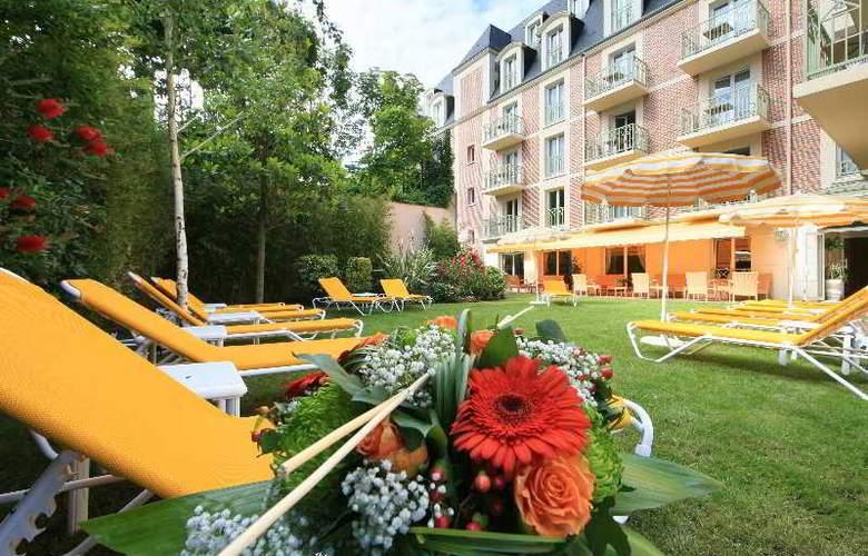 La Closerie de Deauville - Terrace - 8
