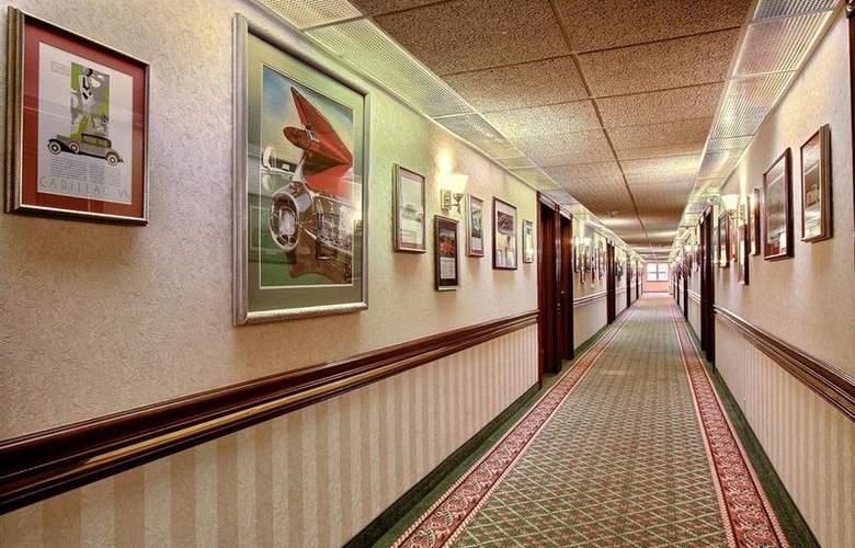 Best Western Greenfield Inn - Hotel - 61