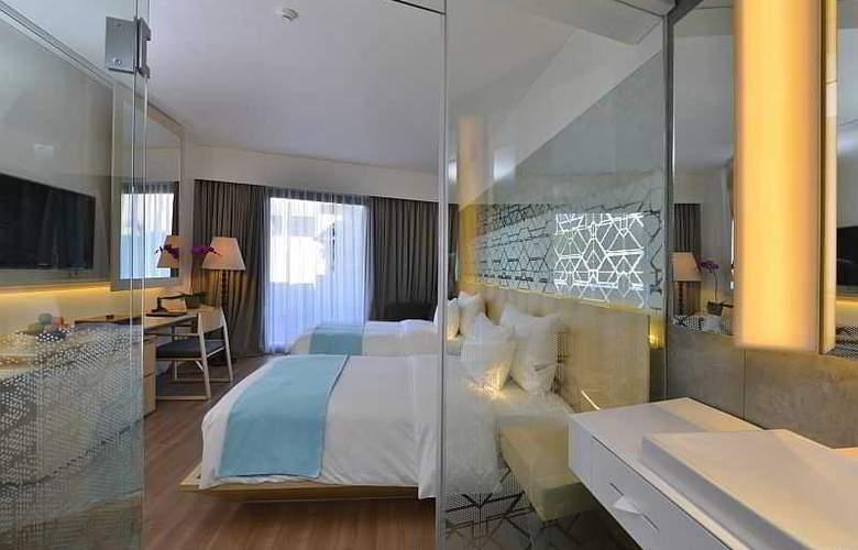 IZE Seminyak Bali - Room - 14