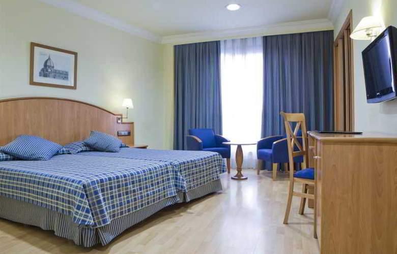 II Castillas Madrid - Room - 17