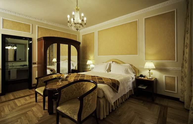 Bernini Palace - Room - 9