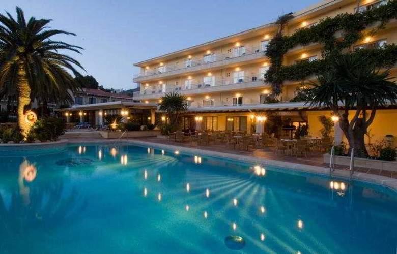 Grupotel Nilo and Spa - Pool - 5