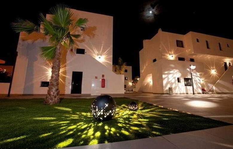 Migjorn Ibiza Suites And Spa - Hotel - 2